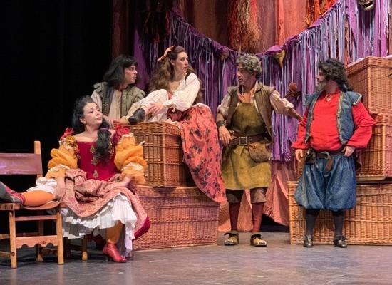 Del teatro y otros males... que acechan en los corrales